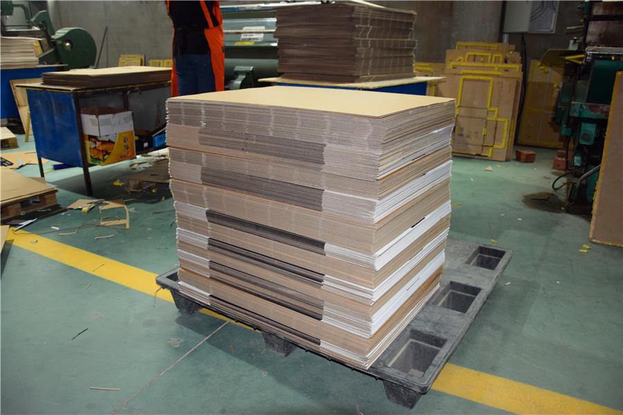 山东纸箱厂家